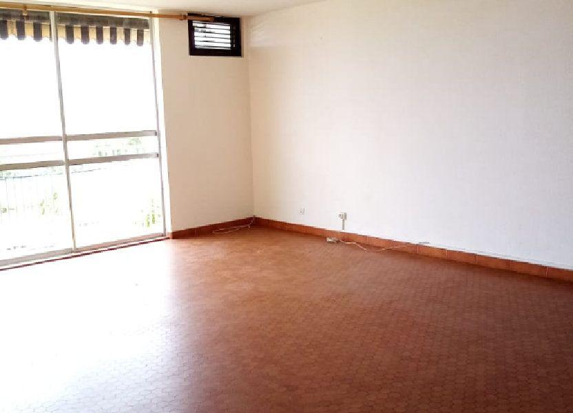 Appartement à louer 92.28m2 à Le Lamentin