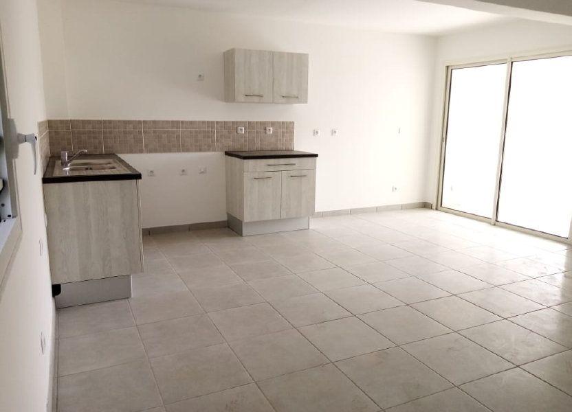 Appartement à louer 63.74m2 à Fort-de-France