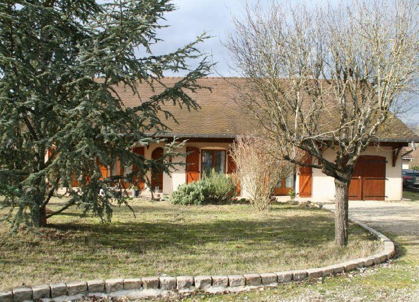 Maison à louer 106m2 à Sassenay