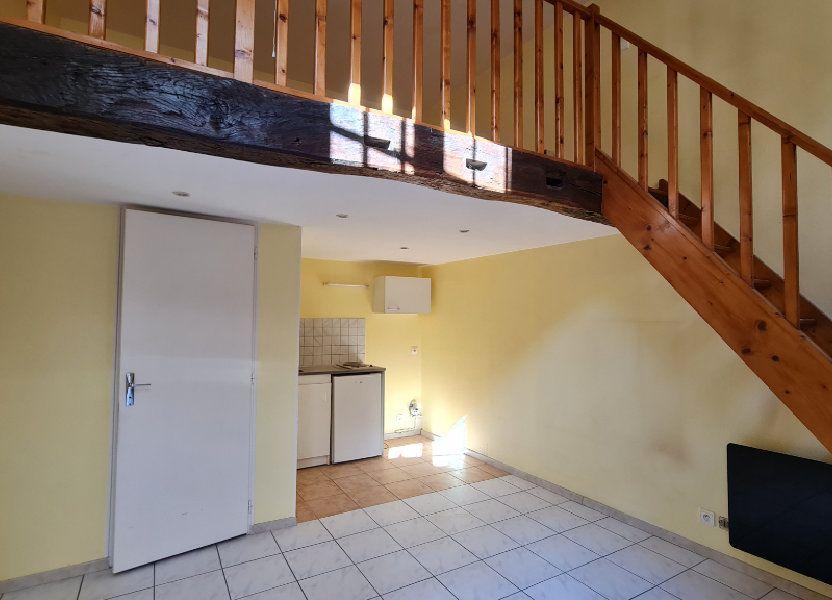 Appartement à louer 17.6m2 à Chalon-sur-Saône