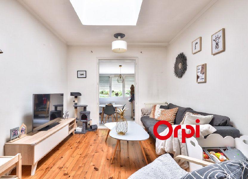 Appartement à vendre 62.13m2 à Vénissieux