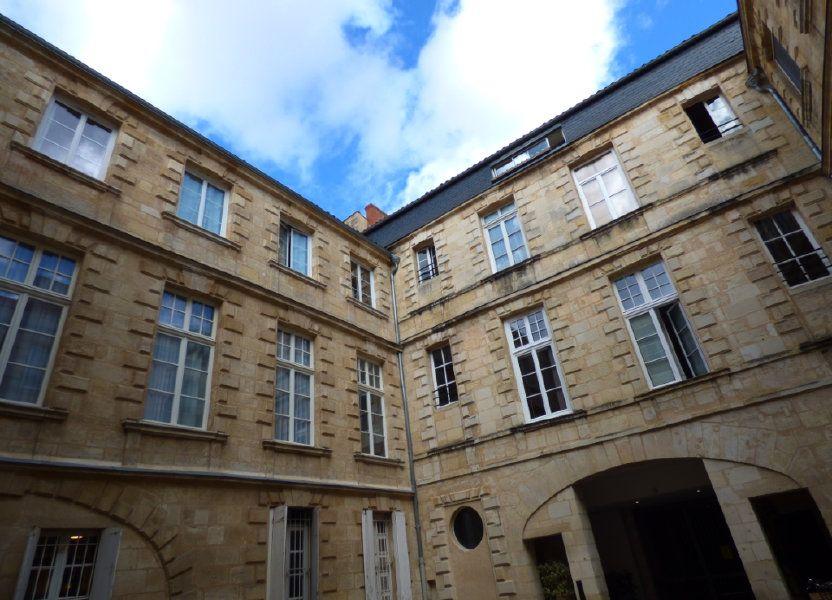 Appartement à louer 60m2 à Bordeaux