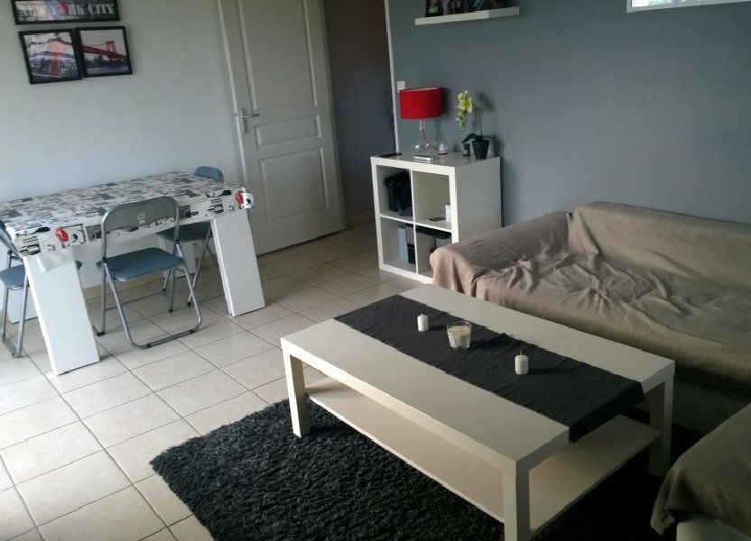 Appartement à louer 45.75m2 à Istres