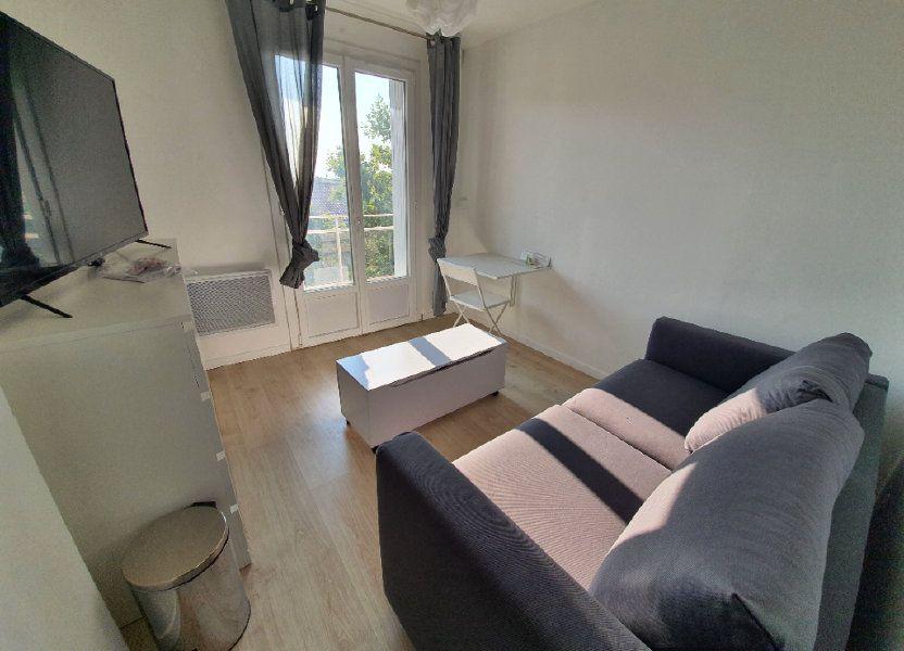 Appartement à louer 14.61m2 à Salon-de-Provence