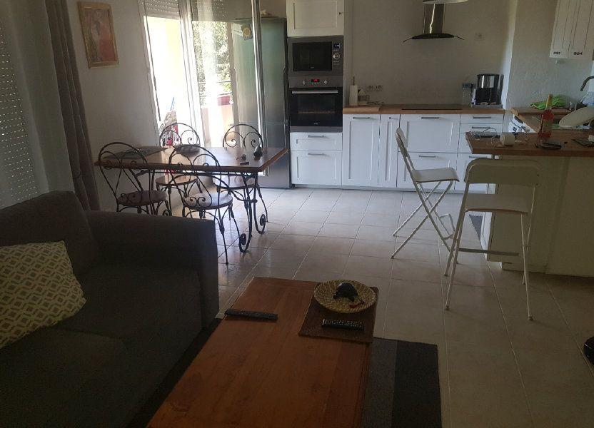 Appartement à louer 52.07m2 à Istres