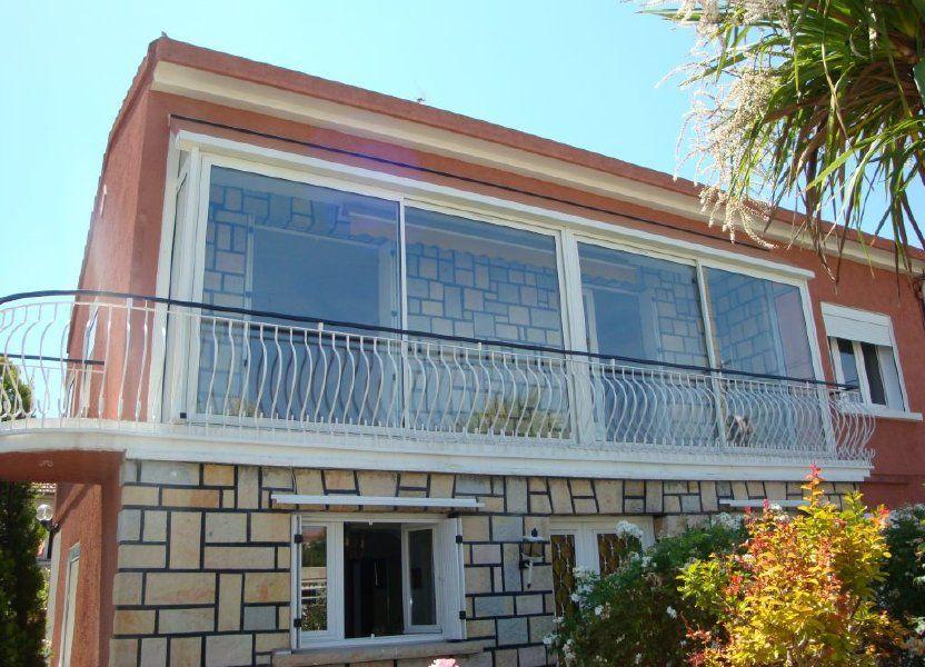 Appartement à louer 70m2 à Nîmes
