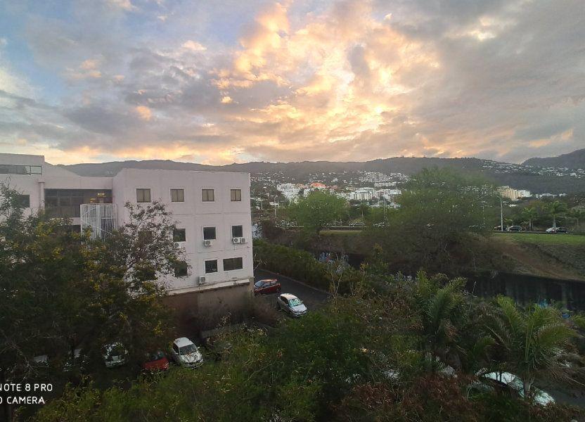 Appartement à vendre 57m2 à Saint-Denis