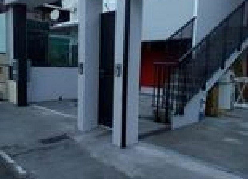 Immeuble à vendre 140m2 à Saint-Pierre