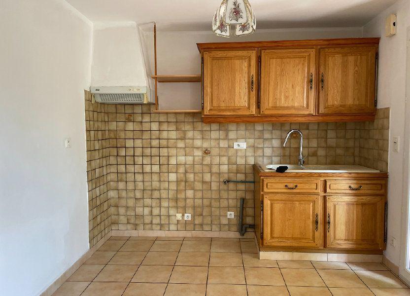 Maison à louer 70m2 à Rognonas