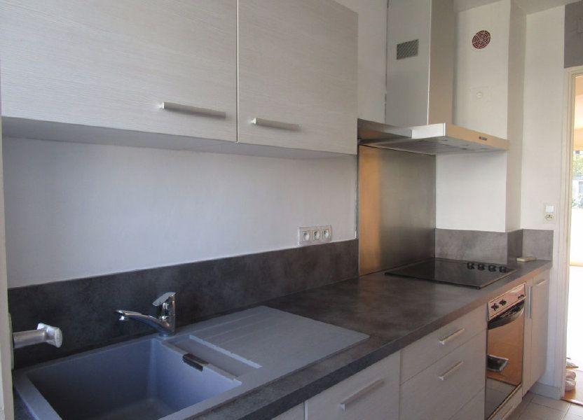 Appartement à louer 61m2 à Avignon