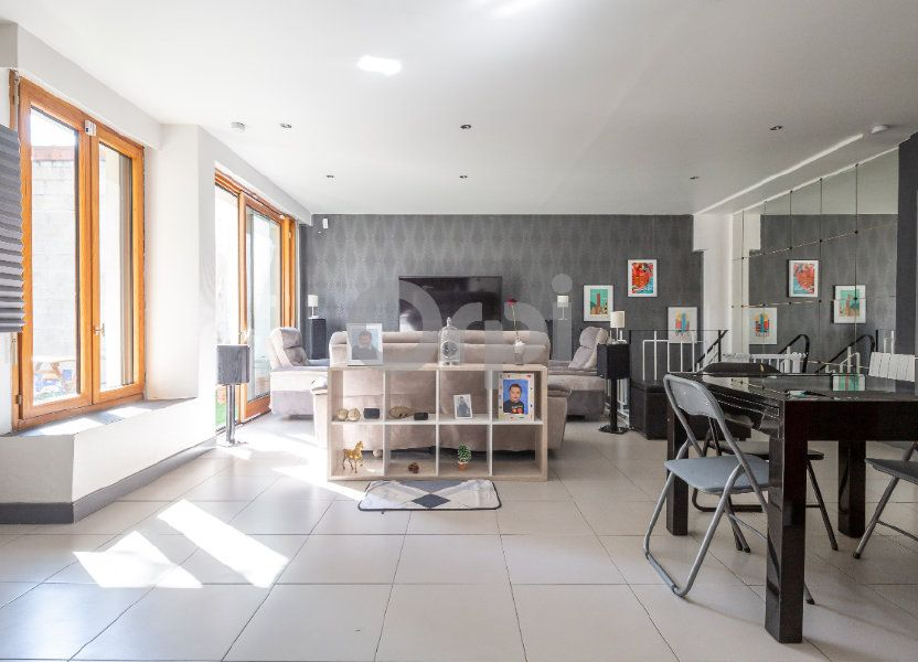 Appartement à vendre 68.87m2 à Saint-Maur-des-Fossés