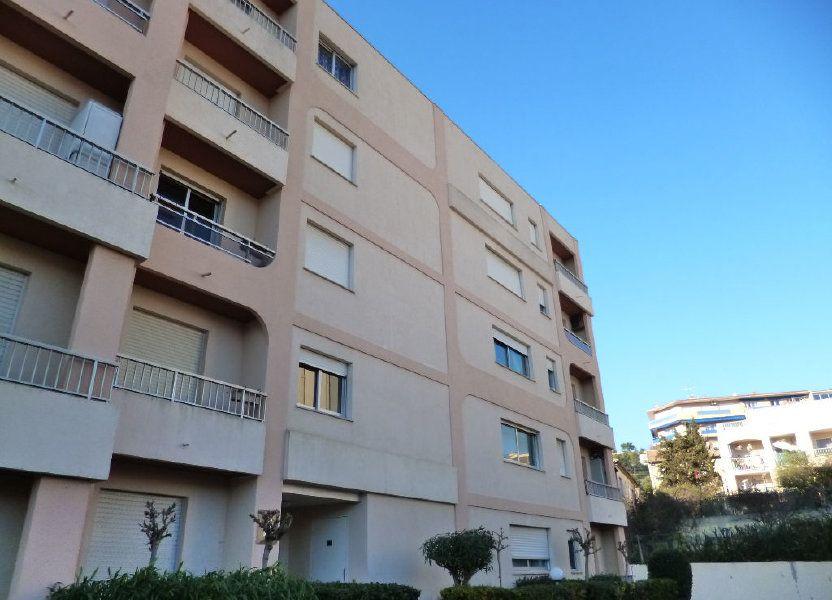 Appartement à louer 24m2 à Vallauris