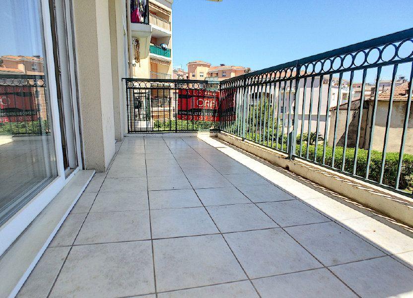 Appartement à louer 45m2 à Vallauris