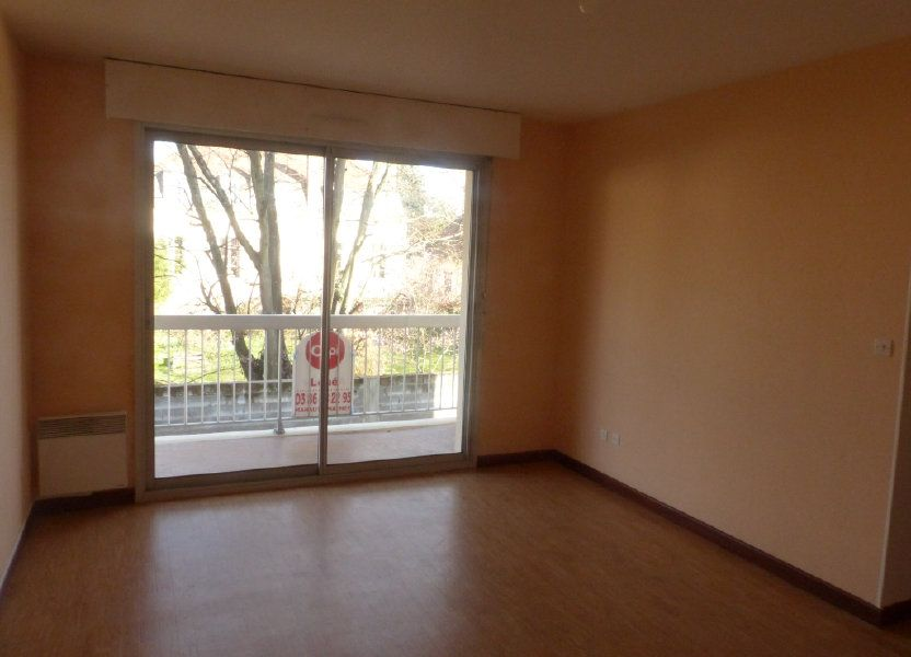 Appartement à louer 57m2 à Cosne-Cours-sur-Loire