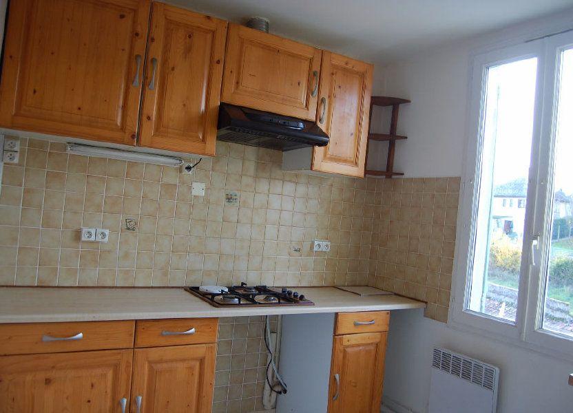 Appartement à louer 65m2 à Saint-Satur