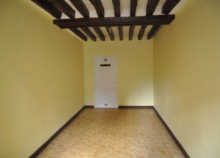 Appartement à louer 27m2 à Cosne-Cours-sur-Loire