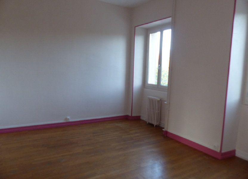 Appartement à louer 78m2 à Donzy