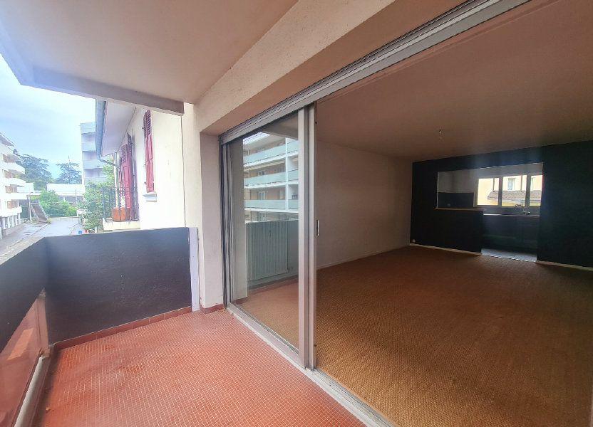 Appartement à louer 67.62m2 à Thonon-les-Bains