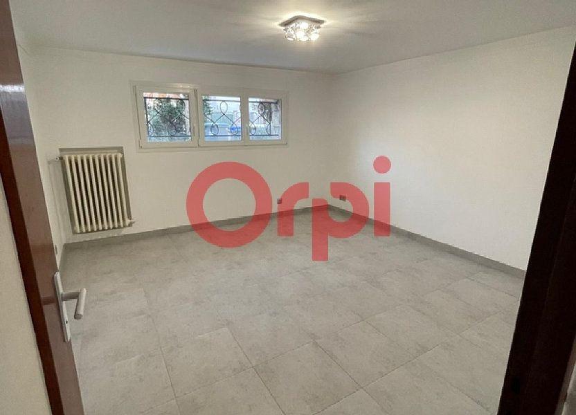 Appartement à louer 28.39m2 à Livry-Gargan