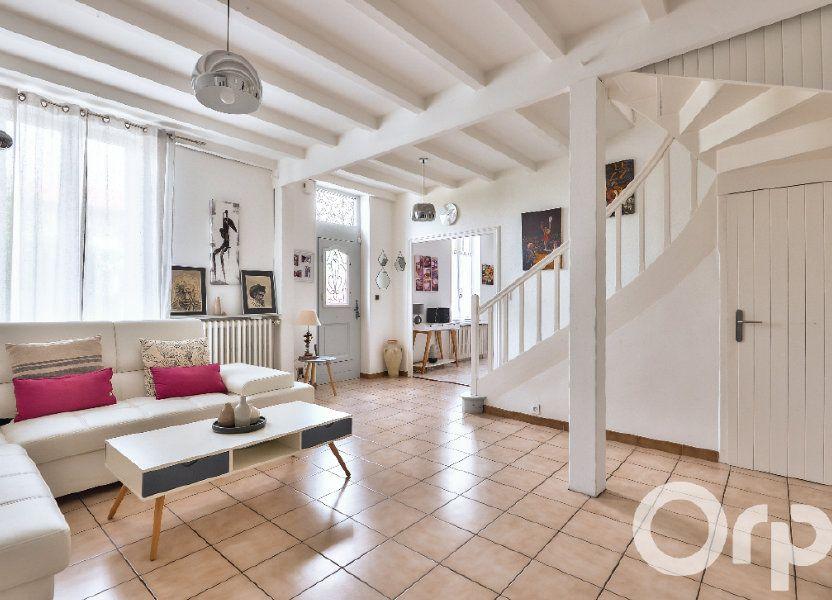 Appartement à vendre 157.88m2 à Villeurbanne