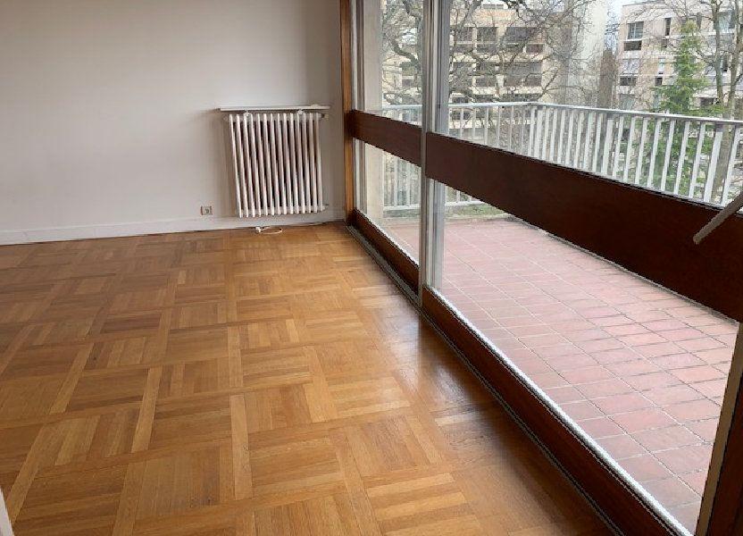 Appartement à louer 77.29m2 à Garches