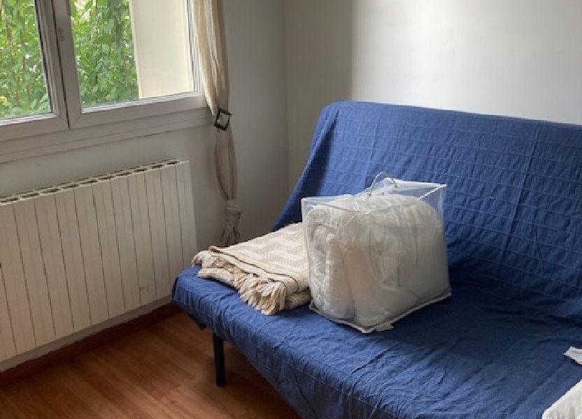 Appartement à louer 10m2 à Pessac