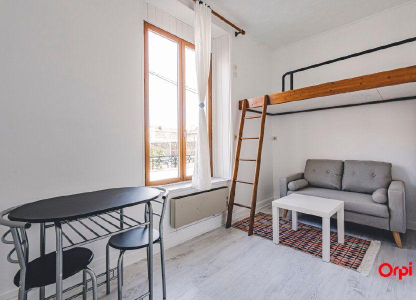 Appartement à louer 16.01m2 à Reims