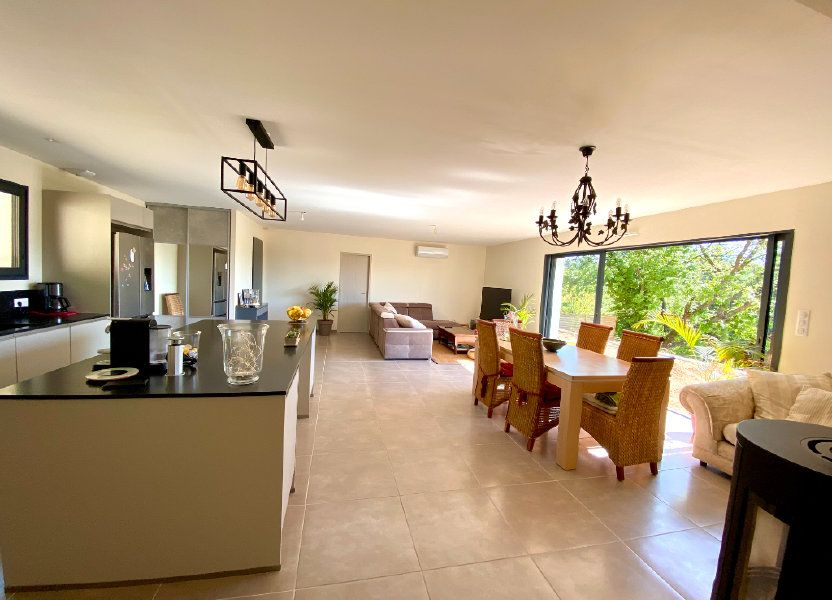 Maison à vendre 132.42m2 à Saint-Maximin-la-Sainte-Baume