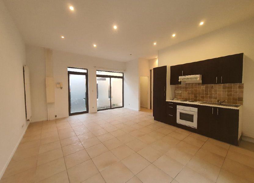 Appartement à louer 42.83m2 à Saint-Georges-de-Reneins