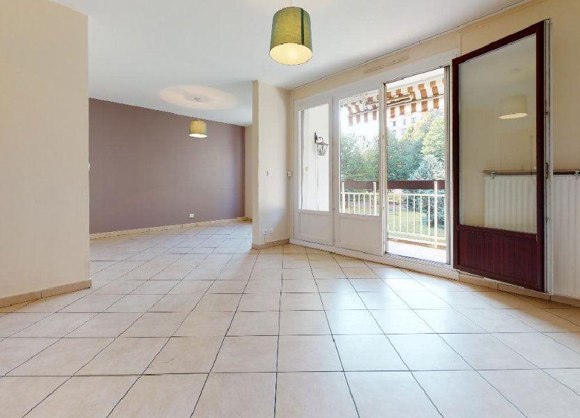 Appartement à louer 73.6m2 à Limas