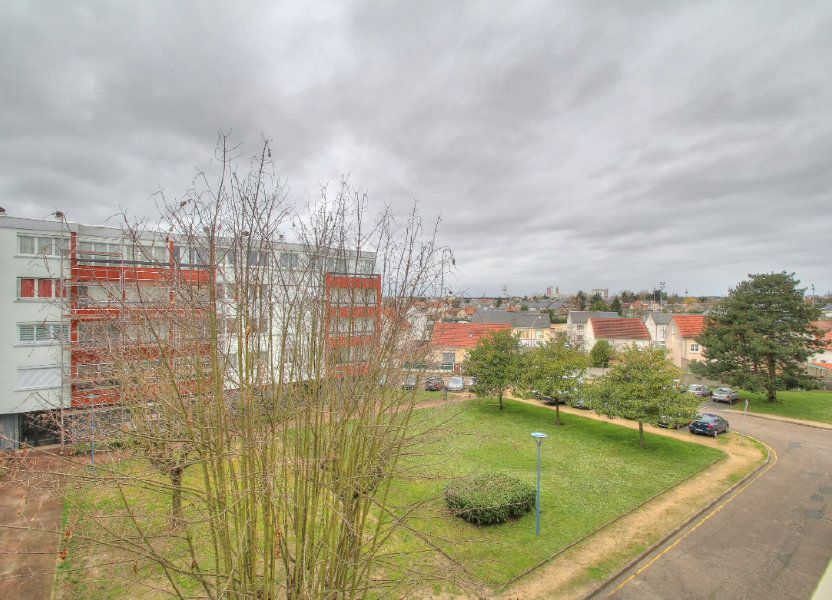 Appartement à vendre 75.38m2 à Fleury-les-Aubrais