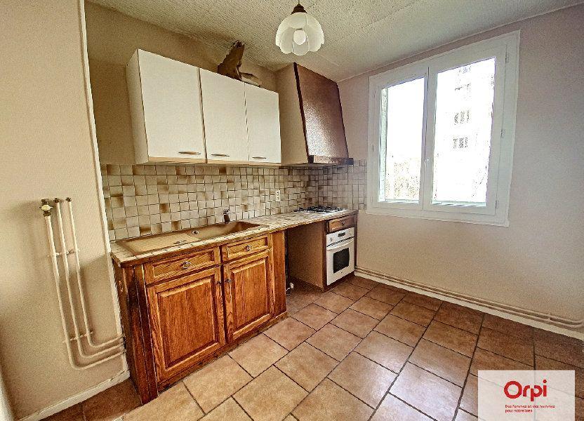 Appartement à louer 77m2 à Montluçon