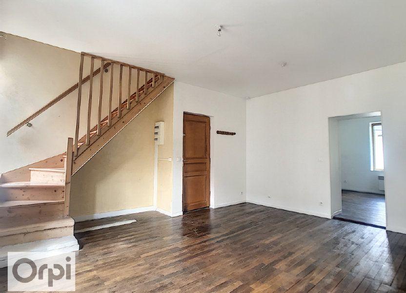 Appartement à louer 58m2 à Commentry