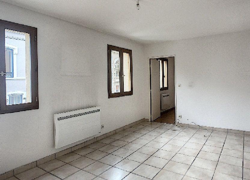Appartement à louer 56.15m2 à Montluçon
