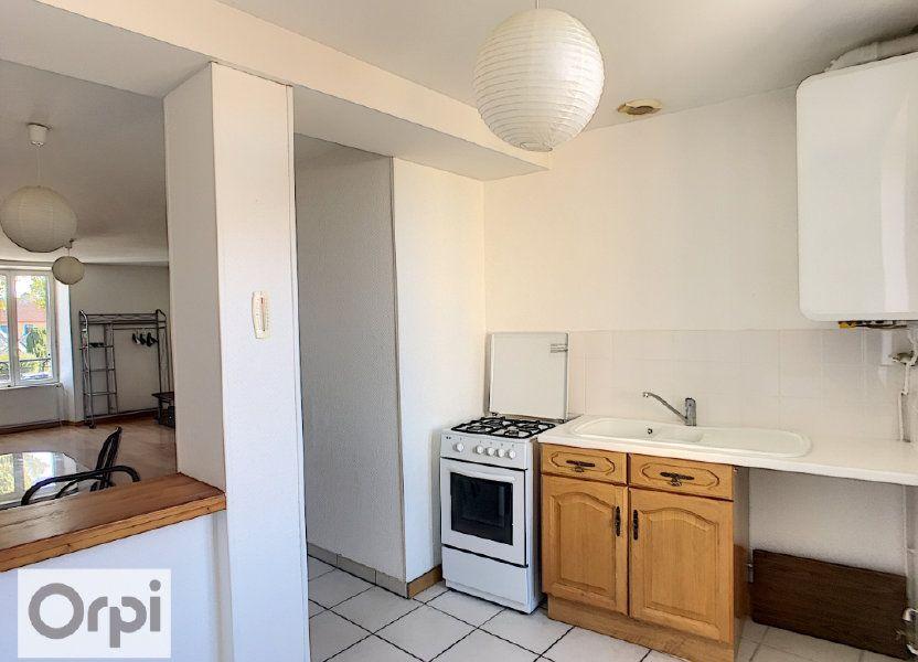 Appartement à louer 35.46m2 à Néris-les-Bains