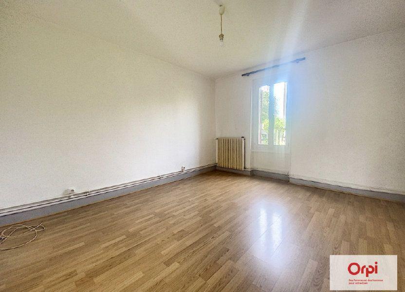 Appartement à louer 57.8m2 à Montluçon
