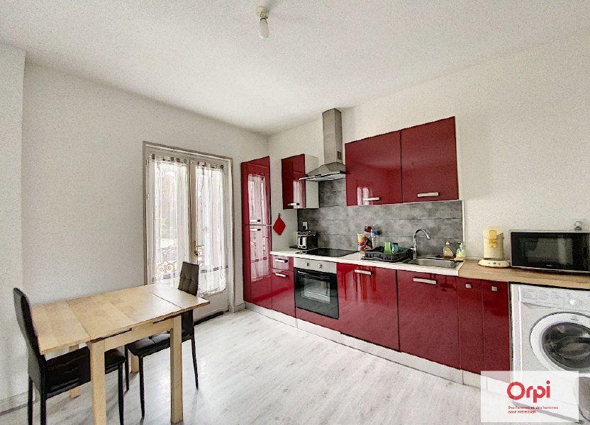 Appartement à louer 48.73m2 à Néris-les-Bains
