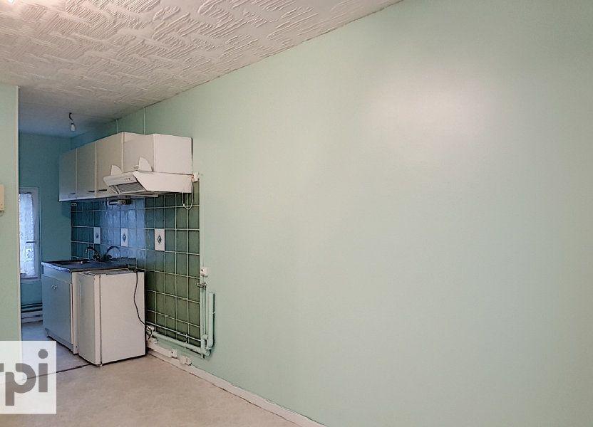 Appartement à louer 44m2 à Montmarault