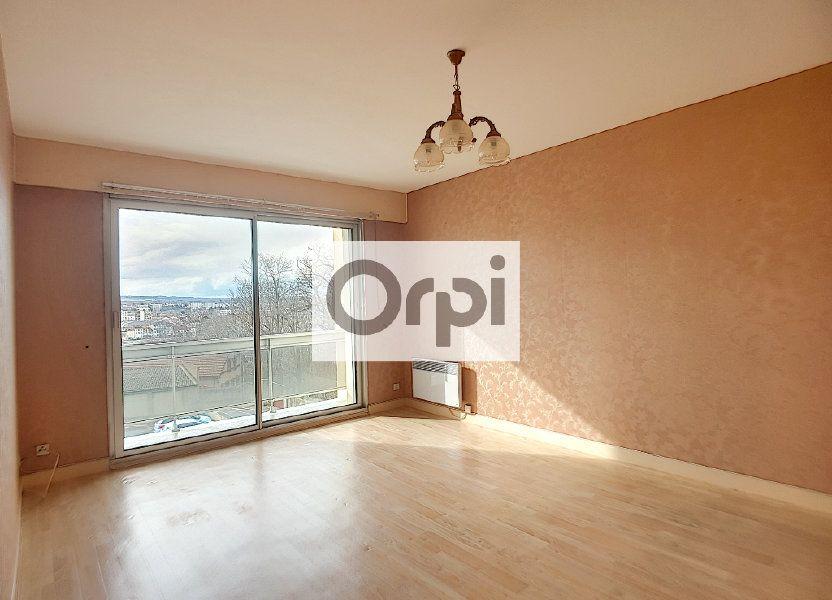 Appartement à louer 65.64m2 à Montluçon
