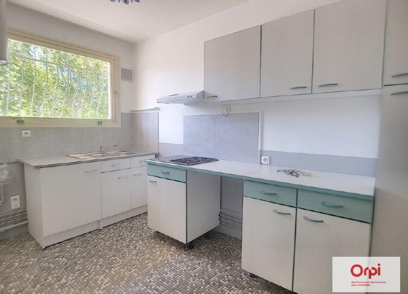 Appartement à louer 72.53m2 à Montluçon