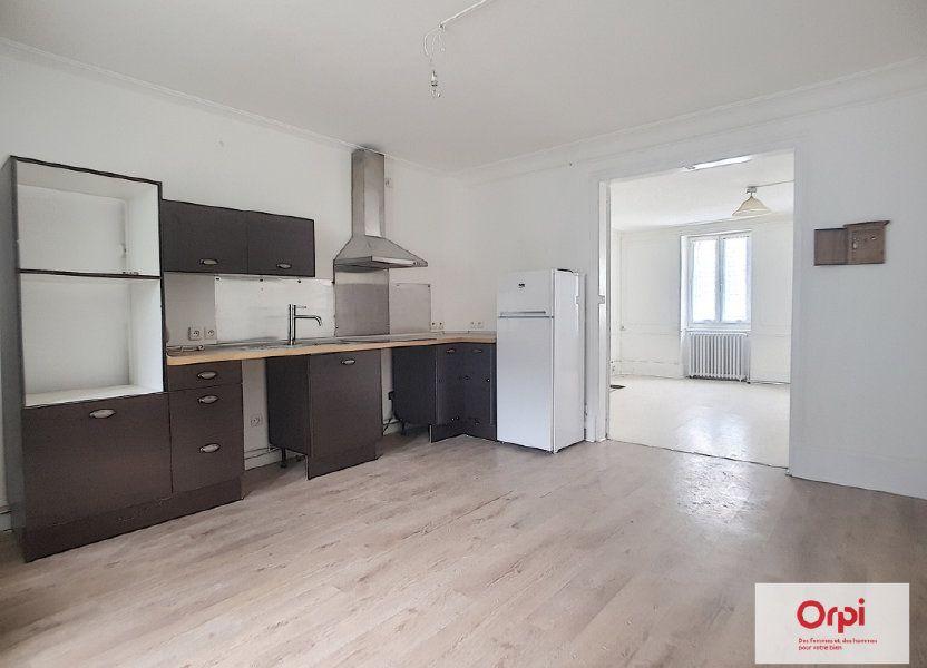 Appartement à louer 42m2 à Néris-les-Bains