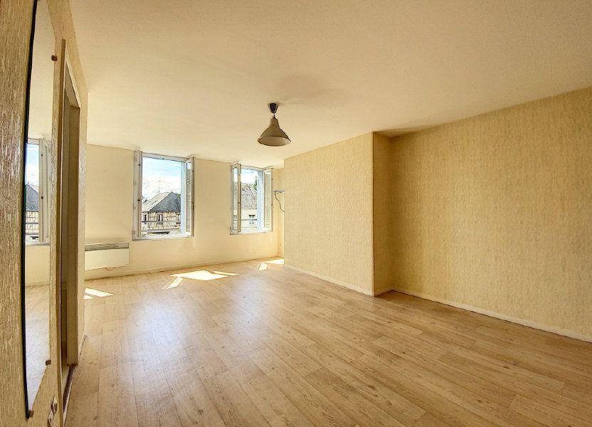 Appartement à louer 35m2 à Château-Renard