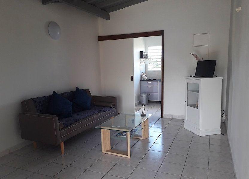 Appartement à louer 55m2 à Sainte-Rose
