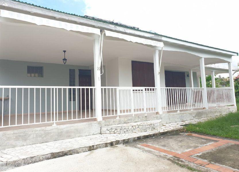 Maison à louer 202m2 à Les Abymes