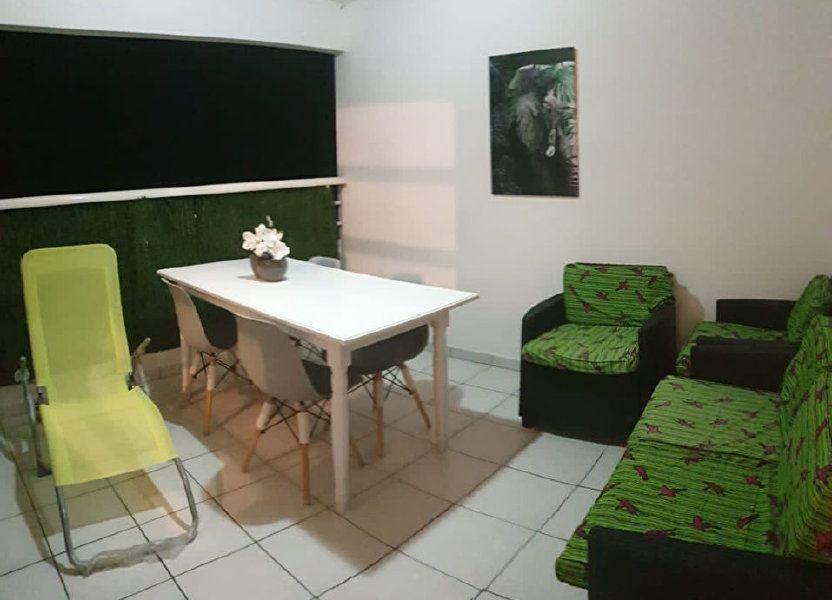 Appartement à louer 52.73m2 à Sainte-Anne
