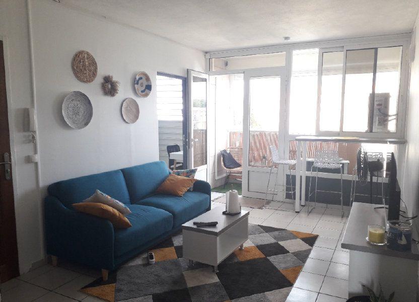 Appartement à louer 58.85m2 à Les Abymes
