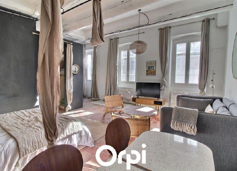 Appartement à louer 50m2 à Marseille 1