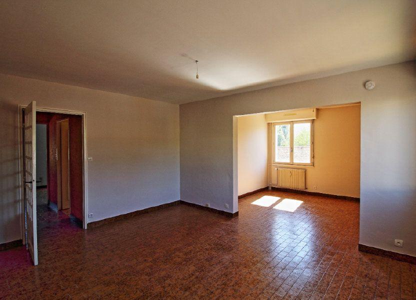 Appartement à louer 63.73m2 à Givry