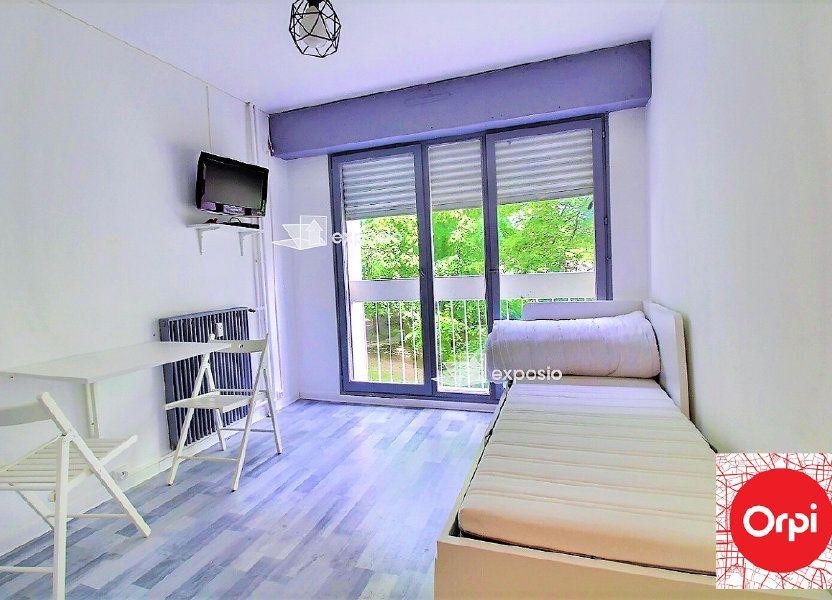 Appartement à louer 15m2 à Évry