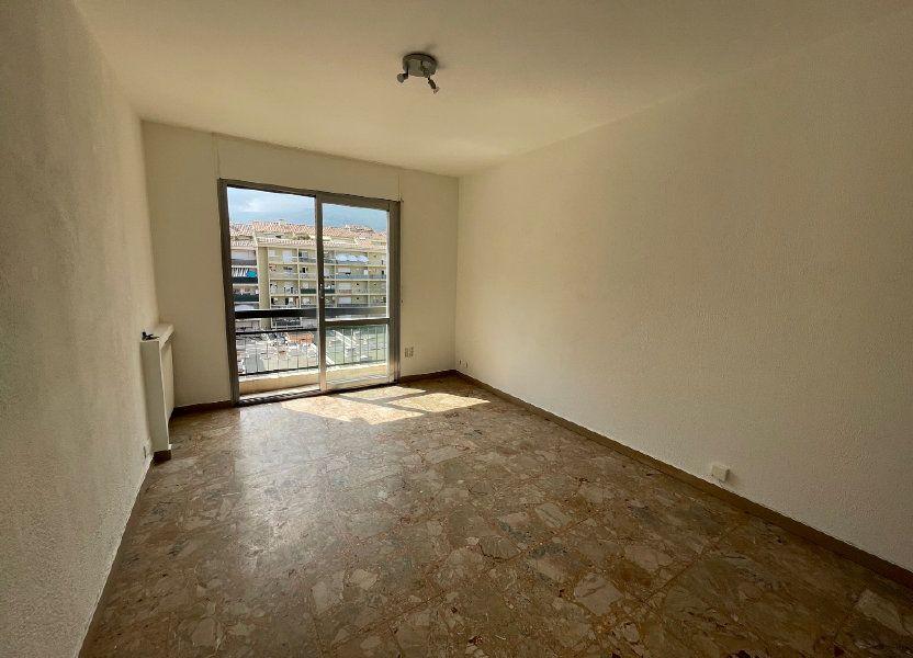 Appartement à louer 24m2 à Vence
